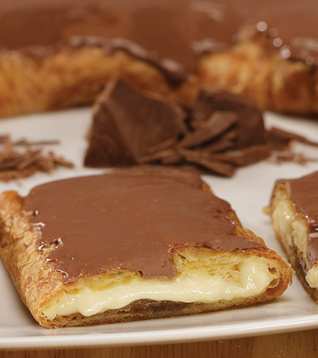 Chocolate Eclair Kringle